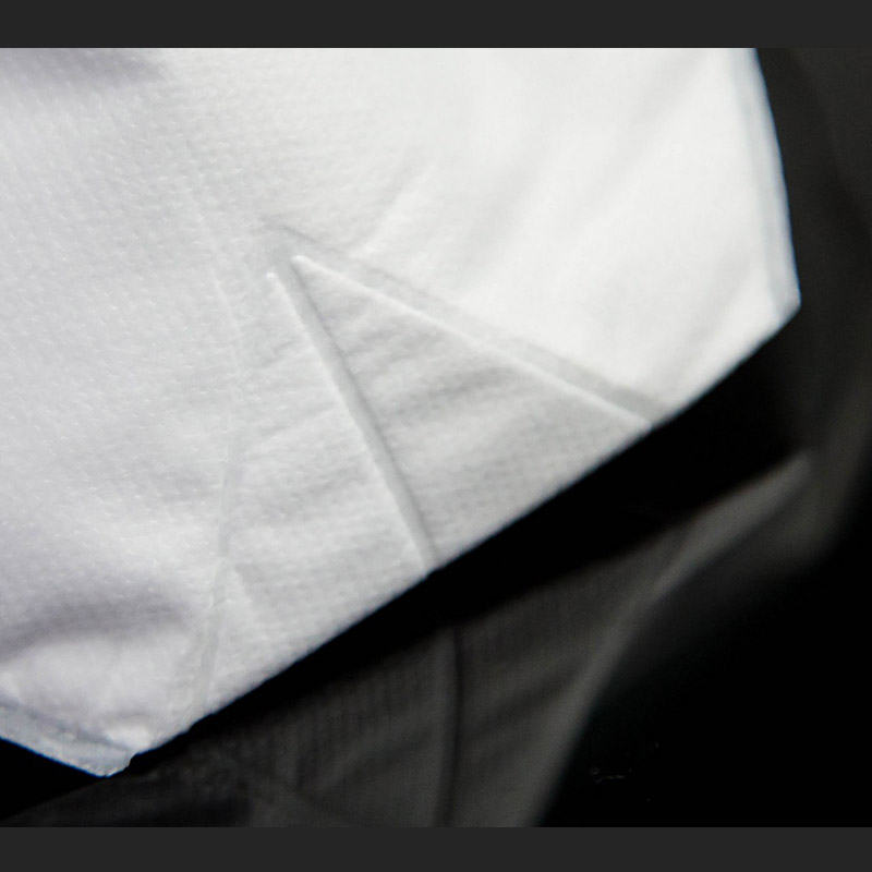 What are the advantages of wet non-woven fabrics